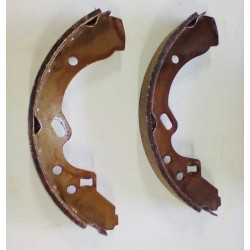 323 BF WAGON BRAKE SHOES
