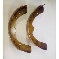 DATSUN 620 URVAN E20  BRAKE SHOES