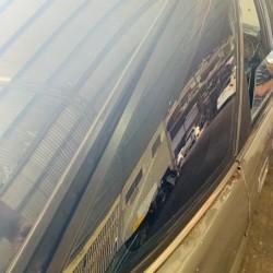COROLLA AE90 LIFT BACK REAR FENDER GLASS RH