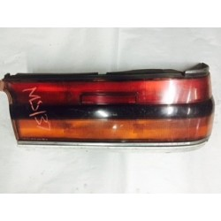 CROWN MS137 TAIL LAMP RH