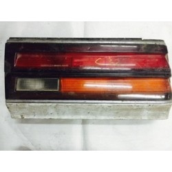 LAUREL C32 1986 NO POST TAIL LAMP RH