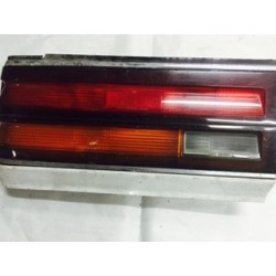 LAUREL C32 1986 NO POST TAIL LAMP LH