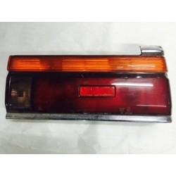 NISSAN LAUREL C32 1986 POST TAIL LAMP RH USED