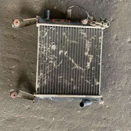 RADIATOR NISSAN CARAVAN E24 SMALL THINNER
